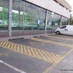 Estacionamientos para personas con discapacidad en Homecenter_ después