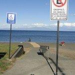 Acceso playa Frutillar