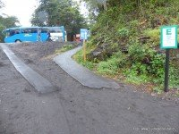 Circulación de Estacionamientos a acceso Saltos del Petrohué