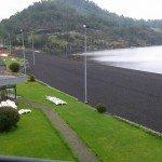 vista del acceso al lago