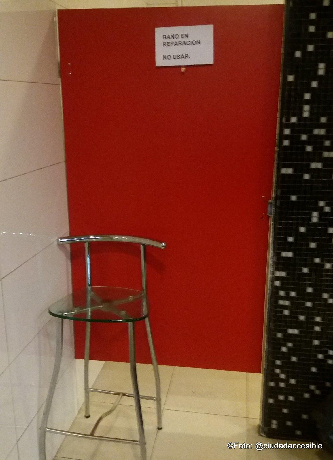 cubiculo accesible cerrado