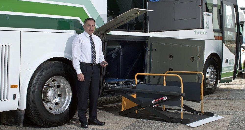 bus para pasajeros con movilidad reducida Empresa Yanguas