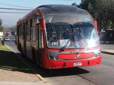 Foto: Señalización deficiente en buses transantiago