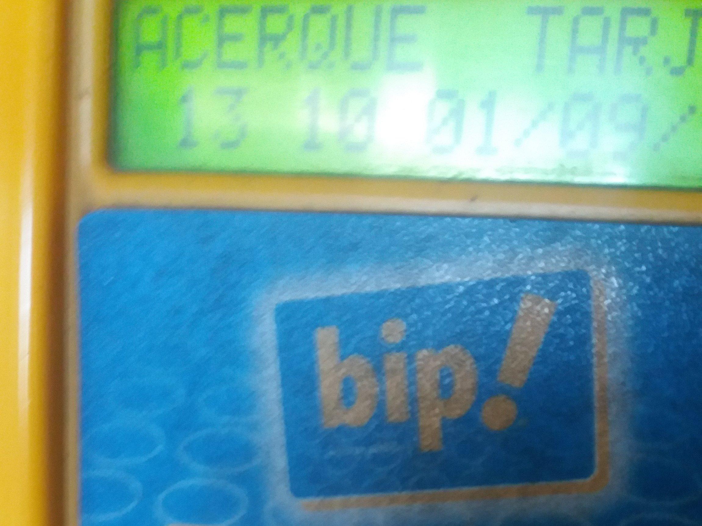 Foto: Dispositivos de recarga de tarjeta bip