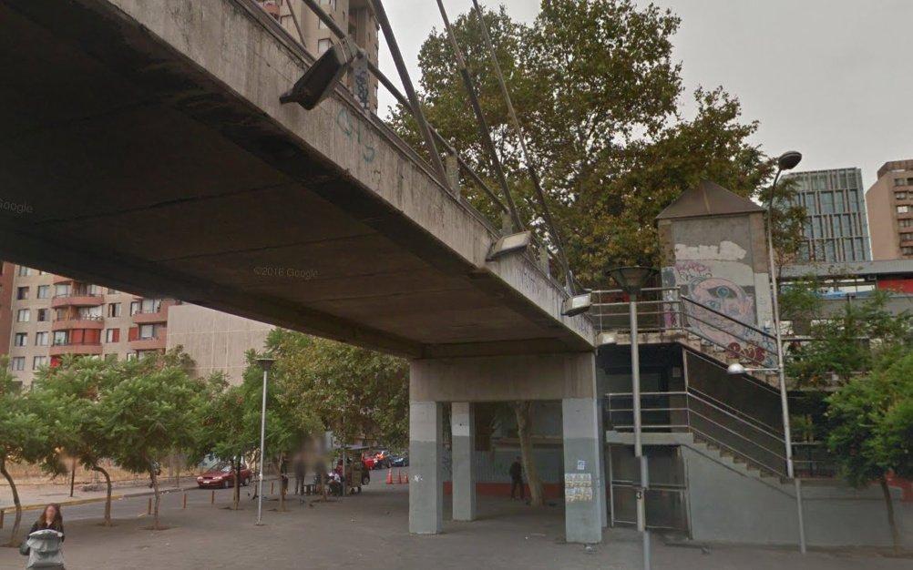Pasarela peatonal Huérfanos en Santiago